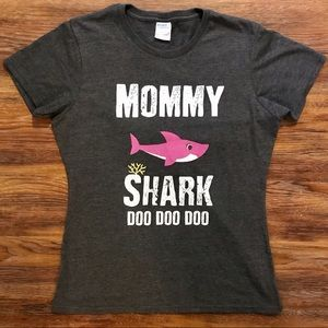 Mommy Shark Tee